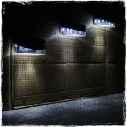 LED 태양광 2구 벽부등