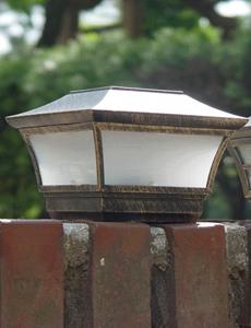캡 LED 태양광 문주등