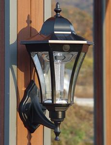 리안 LED 태양광 벽등
